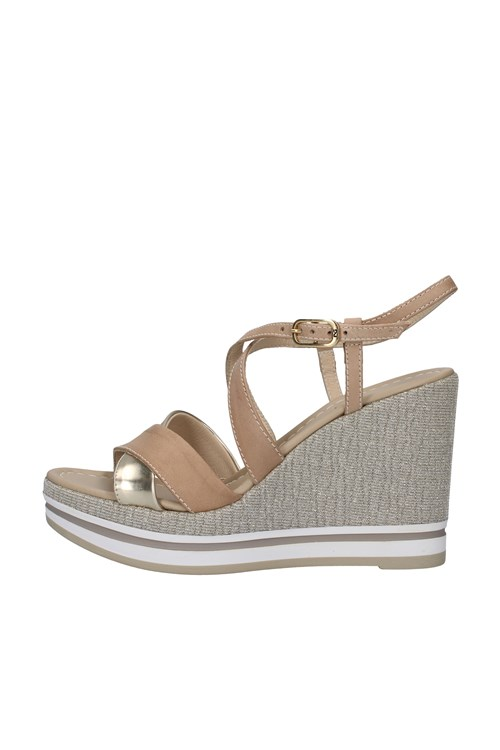 Nero Giardini With wedge BEIGE
