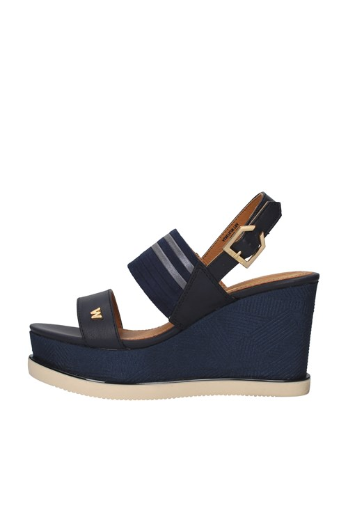 Wrangler  With wedge NAVY BLUE