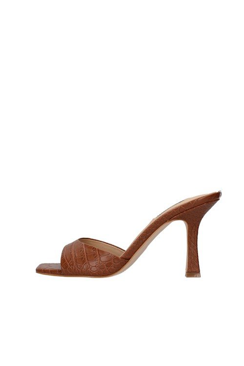 Guess With heel BROWN