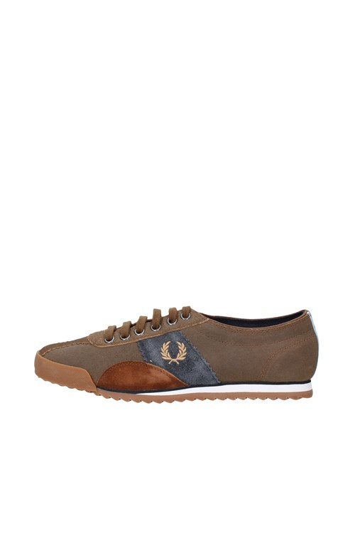 Fred Perry low BROWN