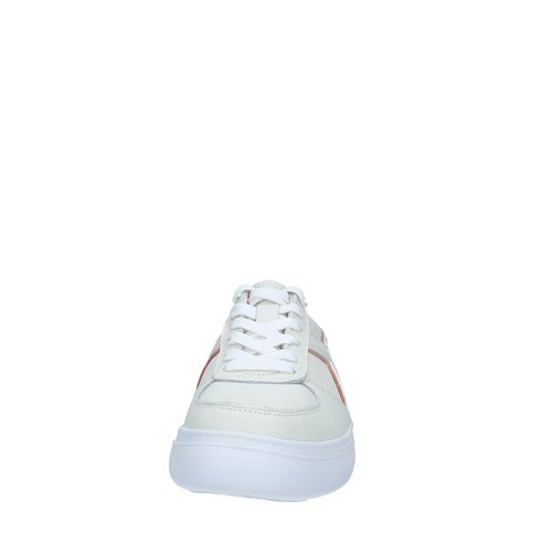 Diadora Shoes Woman low WHITE 501.173733