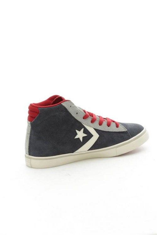 Converse Shoes Woman low GREY 650633C